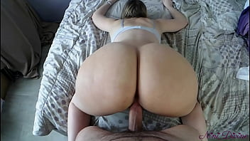 Eating My Moms Pussy